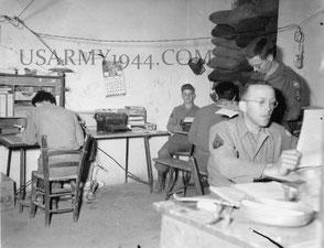 Maggio 1944, Mosey  al lavoro.
