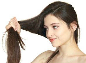 I trattamenti naturali più efficaci per tutti i tipi di  capelli