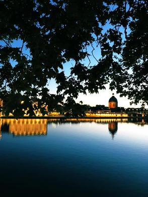 ꧁ Photo personnelle, Toulouse, La Garonne et le dôme de La Grave ꧂