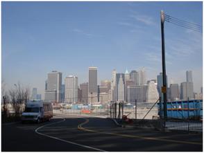 Blick auf die Skyline von Brooklyn aus