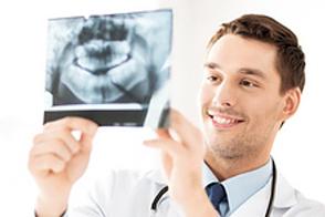 Stehen Kiefer und Zähne richtig bei Ihrem Kind?