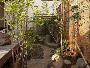 ウッドデッキ、ウッドフェンス、日本庭園、ガーデン、施工例