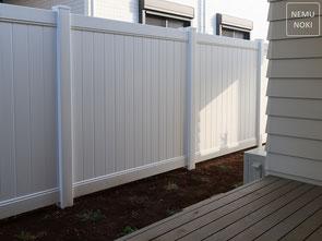 フェンス、目隠しフェンス、バイナルフェンス、ソリッドプライバシーフェンス、施工例