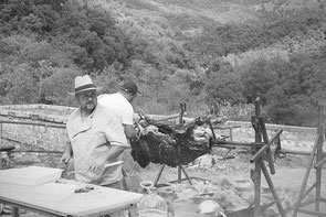 jeromedevismes. jour du veau à la broche en COrse en septembre lors de la fête du miel