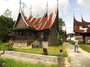 Häuser der Minankabau, Sumatra