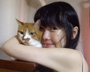 With my partner  左:同居人 右:作家