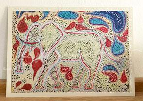 Postkarte mit Druck von Malerei, Pünktchenelefant von silvanillion