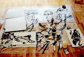 das improvisierte Studio, Gouache, Fische, Schwarz/Weiß