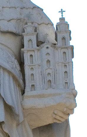 Modell der Kirche in den Händen des Hl. Leopold