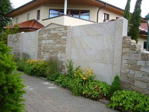 Wandgestaltung aus Ibbenbürener Sandstein