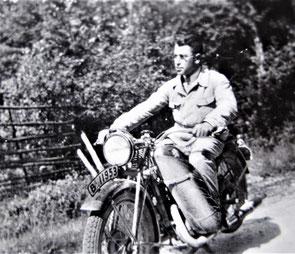 """Onkel Kurts Motorrad"" (Foto: Privatbesitz Ute Siegeler)"