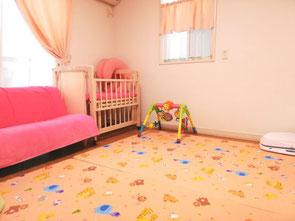 母乳外来  助産院 桶谷式 篠田母乳育児相談室の室内