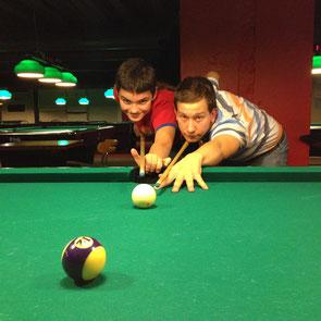 Kevin und ich erreichen beim Turnier den 2. Platz - nur die Direktbegegnung mit dem Sieger-Team war entscheidend.