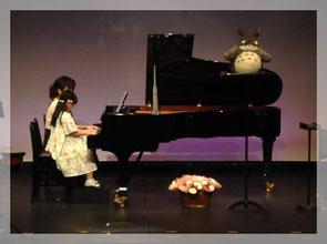 せんがわ劇場発表会ピアノ