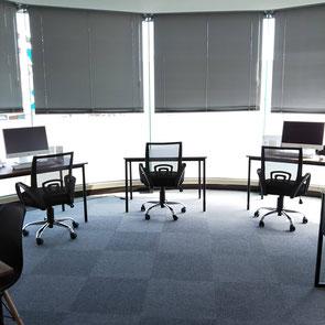 明るい教室です