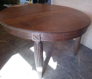 Table en chêne avant restauration.CCL ébéniste