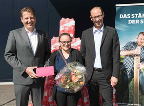 Preisübergabe in Eptingen mit Matthias Buchenhorner, Seline Rugiero und Martin Candinas