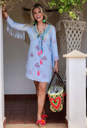 Kleid im Ibiza-Style
