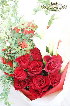 ディズニー プロポーズ  ミラコスタ 赤薔薇 花束 配達 オーダーフラワー  シュシュ chouchou 舞浜花屋