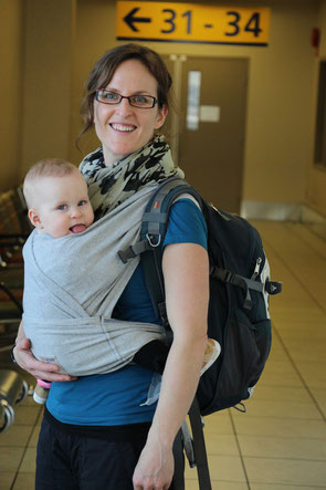 Travel with baby - Baby carrier used for flight