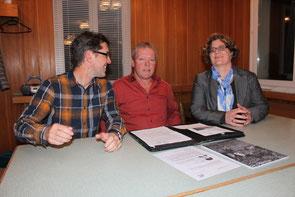 """Die Versammlung der CVP im """"Schöntal"""" leitete Benno Gmür. Die Aspekte der Gemeinde vertrat Gemeinderätin Christine Wirth,  jene der Schule Schulrat Heinz Knellwolf (links). Haupttraktandum war das Budget 2017 der Gemeinde Uzwil."""