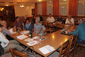 Im Hinblick auf die Ende Mai bevorstehende Uzwiler Gemeindeversammlung stellten die Teilnehmenden der CVP-Mitgliederversammlung  eine Menge Fragen zur Rechnung und den Berichten