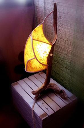 Decoración ecológica, maderas flotantes, vymcreaciones.com, vymcreaciones, decoración con palos, driftwood lamp, eco desing, lámpara madera