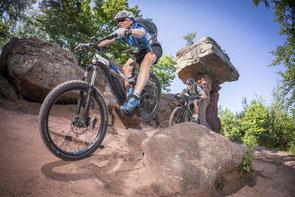 Hercules e-Bikes und Pedelecs in der e-motion e-Bike Welt in Freiburg Süd