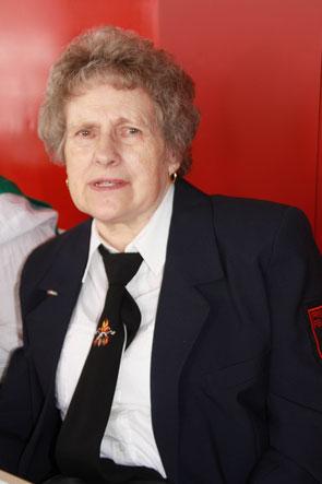 Anna Maria Esser: Ehrenmitglied der freiwilligen Feuerwehr Röttgen seit 1996
