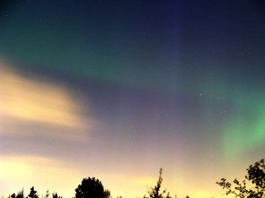 Northern lights in W-E direction.