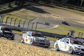 """Beinharte Zweikämpfe prägten das Saisonfinale der BMW-Challenge Der """"Graue Wolf"""" mit Christian Leutheuser (Nr. 405)   Foto: F.Töllich"""