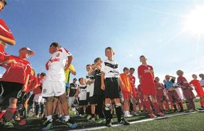 Müssen sich noch drei Wochen gedulden: Die Nachwuchskicker aus der Backnanger Bucht. Am 4./5. Juli treffen sich beim SV Unterweissach die E- und F-Jugend-Teams der Region zum 22. Mal zum BKZ-Mini-Cup. Zum dritten Mal mischen auch D-Mädchenmannschaften mit