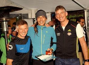 Mitte: Harald Gerbing bei der Siegerehrung