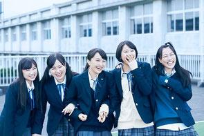 映画『幕が上がる』主演のももクロのメンバー、左から 有安杏果、佐々木彩夏、百田夏菜子、玉井詩織、高城れに