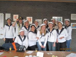 Auch das Kollegium der Petrus-Canisius-Schule heuerte auf dem Partyschiff MS-Petrus-Canisius an...