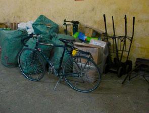 mein Rad kam eine Stunde nach mir in Da Nang an
