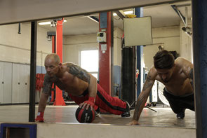 Motivation beim Training, Kickboxen in Wiener Neustadt, KICKBOXING4L&M