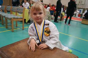 Jüngste Starterin an diesem Tag: Lenja Geils ( 4 Jahre )