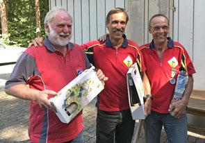 Jakob Diezi rettete mit dem zweiten Rang die Ehre der MSS. In der Mitte Sieger Markus Sauter, rechts der Drittplatzierte Markus Ammann.