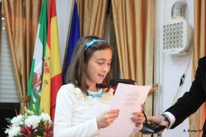 Lectura poética a cargo de Rocío del Carmen, nieta menor del Hijo Predilecto.
