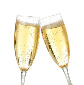 2 Gläser mit Prosecco