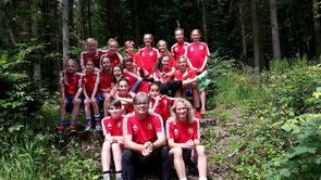 (Foto Privat) U12 beim Waldspaziergang