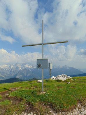 Kleinmölbing Gipfelkreuz - nach der Wanderung auf den Wörschacher Reidlung und zur Hochmölbinghütte