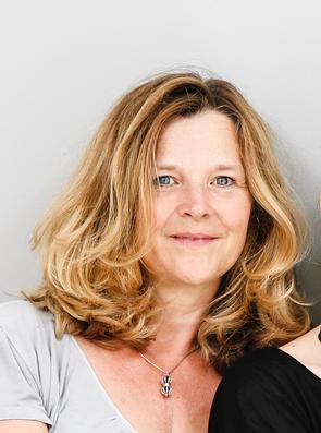Klangmassage - Praktikerin Nicole Herkert