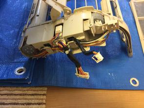 お掃除ロボ付きエアコンは通常エアコンの三倍、時間と手間がかかります