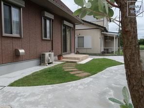 コンクリート舗装、固まる土舗装、物置、高麗芝貼、雑草対策、施工例