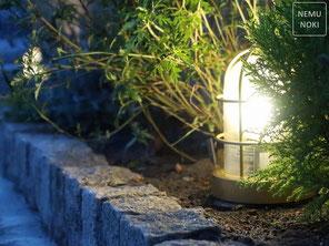 花壇、マリンランプ、マリンライト、照明、ライトアップ、施工例