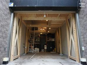 木造ガレージ、オーバースライダードア、電動スライドドア、施工例
