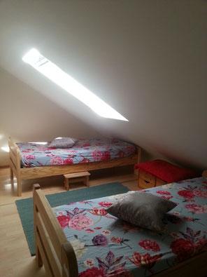 Schlafzimmer in Ferienwohnung bei Kassel, wlanfrei, funkfrei