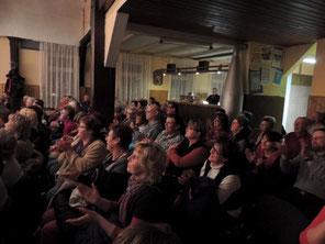 Das dankbare Publikum geizte nicht mit Applaus.